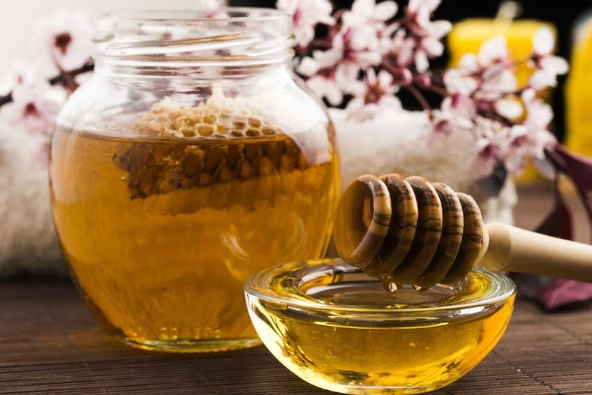 وصفة زيت الزيتون والعسل لعلاج الضعف الجنسي