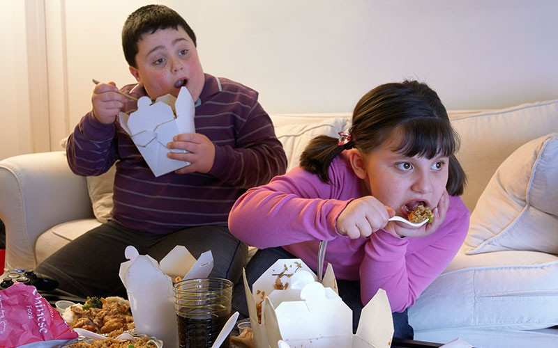 طرق علاج السمنة لدى الأطفال