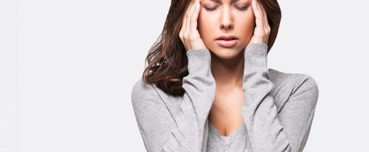 من أعراض ارتفاع مرض السكري الشعور بالصداع الشديد