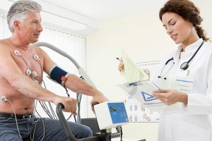 رسم القلب بالمجهود وأهميته وماذا يحدث قبل وبعد أثناء الإختبار
