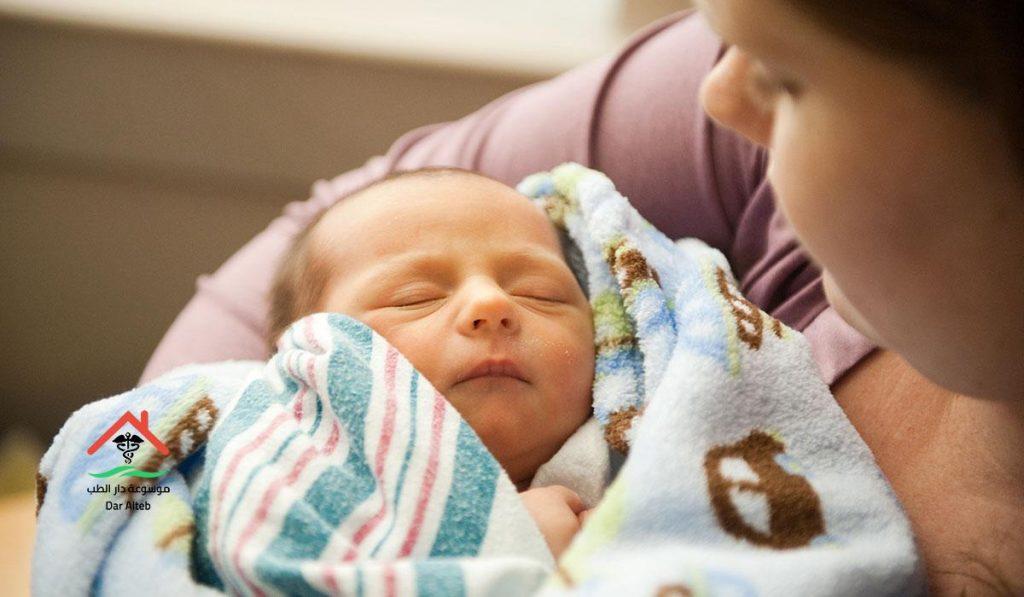 اعراض حساسية لبن الام عند الرضع
