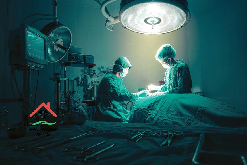 عملية استئصال الرحم أسبابها وكيف تتم وهل هي خطيرة