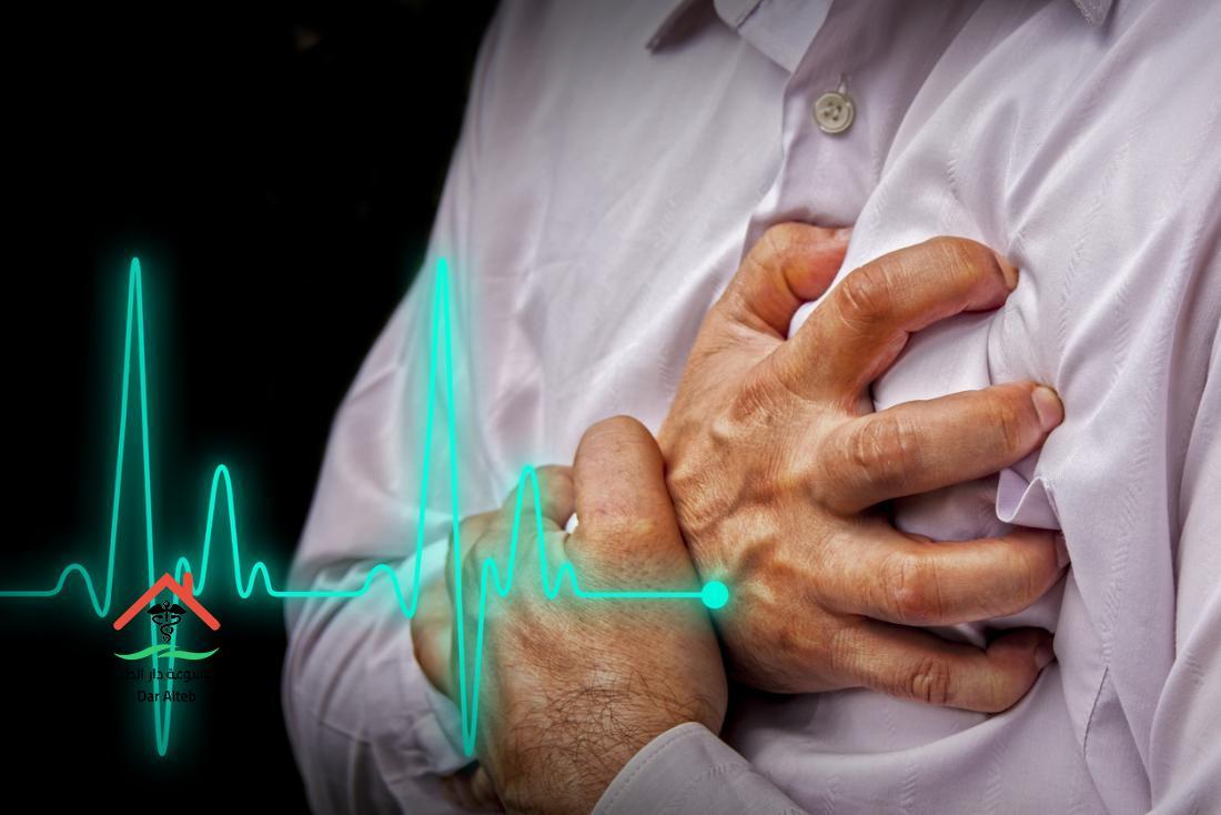 Photo of أعراض الأزمة القلبية والتي يتوجب علاجها سريعا فور ظهورها
